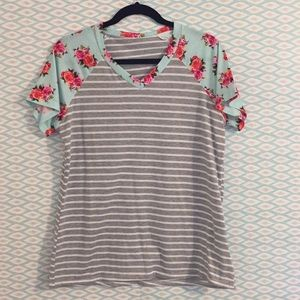 Tops - Boutique style shirt